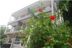 Altamar Beach Apartments & Backpackers