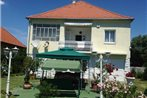Apartment Balatonmariafurdo 6