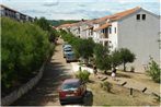 Apartments Hostin Roz?a Duga Uvala