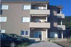 Apartments Mara Cres