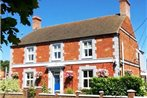 Ashdene House Bed + Breakfast