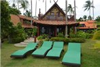 Beach Front Villa at Green Coconut Village (A1)