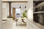 Bois et Fer Apartment by FeelFree Rentals