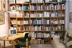Casa dell'Editore - Books & Breakfast