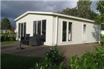 Chalet Recreatie En Watersportcentrum De Biesbosch 3