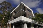 Cremorne Self-Contained Modern One-Bedroom Apartment (4 WIN)
