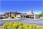 Econo Lodge Inn and Suites - Williamsburg