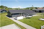 Five-Bedroom Holiday home in Ebeltoft 3