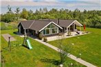 Five-Bedroom Holiday home in Stege