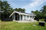 Four-Bedroom Holiday home in Hals 11