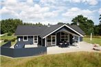 Four-Bedroom Holiday home in Hals 6