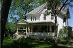 Green Oaks Bed & Breakfast