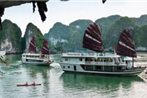 Halong Fantasea Cruise