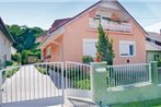 Holiday home Acacfa Utca-Zamardi