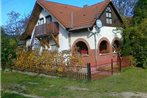 Holiday home Balatonfenyves 10