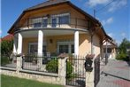 Holiday home Balatonfenyves 4
