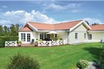 Holiday home Engvangen N-587