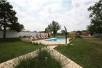 Holiday home Farnazine V