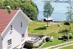 Holiday home Farsund Oyhovden