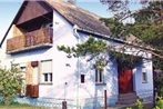 Holiday home Kozep U.-Balatonfenyves