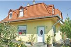 Holiday home Petofi u-Balatonmariafurdo