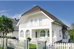 Holiday home Pipacs Utca-Balatonszarszo