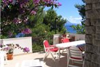 Holiday Home Tomic Private Beach