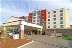 Holiday Inn Express and Suites Calgary NW - Banff Trail