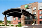 Holiday Inn Express and Suites Rochester West-Medical Center