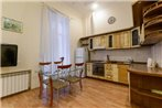 KievAccommodation Apartment on Mikhaylovskiy lane 9B