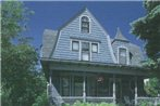 Le Blanc House Bed & Breakfast