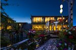 Lijiang Sealily Lazybone Honeymoon Boutique Hotel