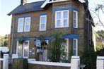 Longfield Guest House (secure Parking)