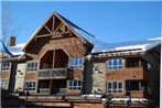 Marketplace Lodge by ResortQuest Whistler