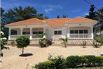 Muyenga Luxury Vacation Home