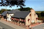 New Overlander Restaurant & Accommodation