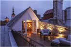 Old Town Suur-Karja Penthouse Apartment