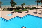 One-Bedroom Apartment Ground Floor With Sea View at Esplanada Resort