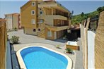 One-Bedroom Apartment with Sea View in Makarska