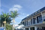 Outrigger Motel