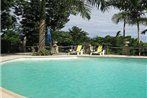 Paradise Coconut Cottage-Montego Bay