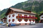 Pension Walserheim