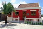 Red Cunucu Villa With Pool