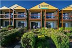 Seaview Motel & Apartments