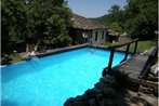 Tacheva Family House - Pool Access