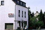 Menzies Chequers Hotel London Gatwick