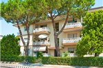 Three-Bedroom Apartment Bibione near River