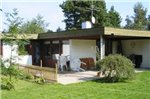Three-Bedroom Holiday home in Dronningmolle 10