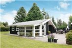 Three-Bedroom Holiday home in Hals 4