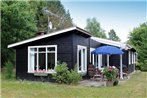 Three-Bedroom Holiday home in Hornbaek 2